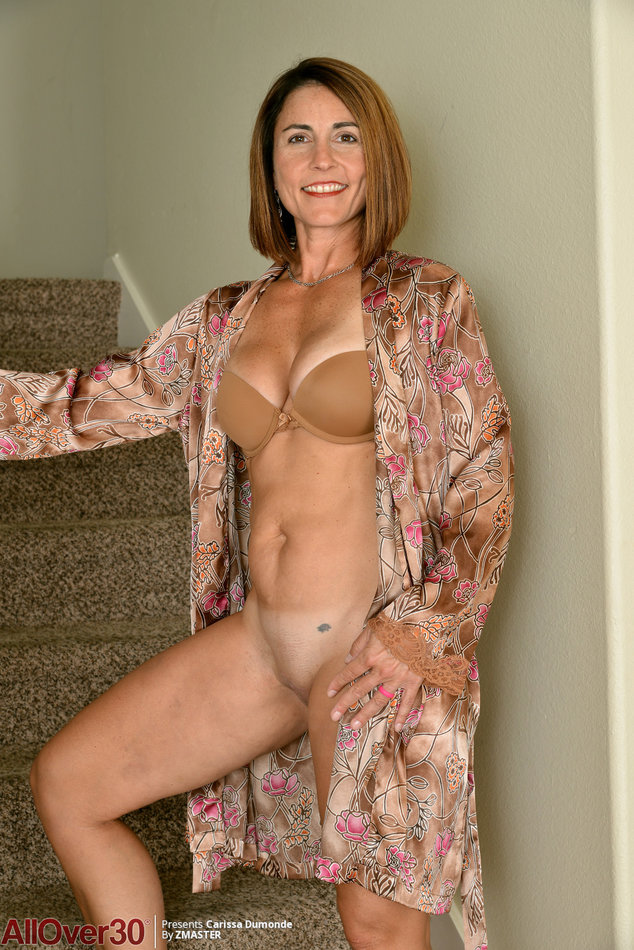 Gilf big tits xxx Unbelievable Gilf Carissa Dumonde Drops Her Bra To Loose Her Saggy Big Tits By All Over 30 Nude Xxx Pics