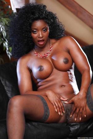 Jasmine webb nude