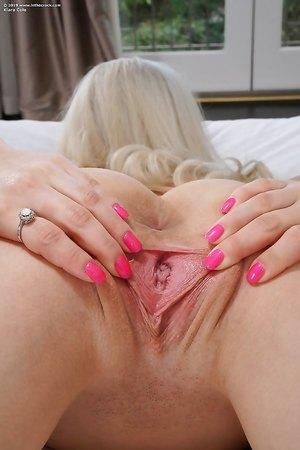 Free blonde nude pics